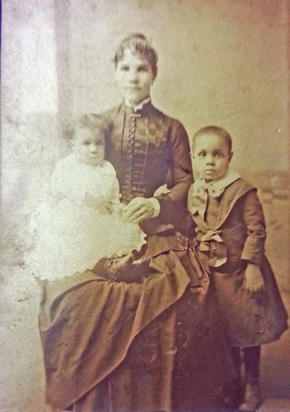 6 Af.American Woman&Kids